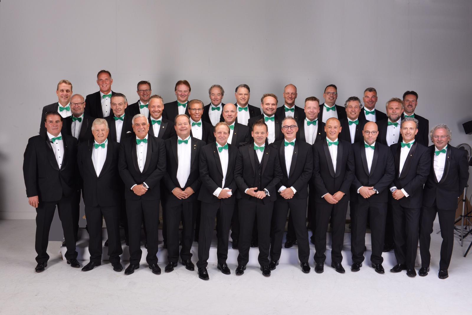 De Leden van Oldenzaalse Ondernemers Sociëteit Klavertje Vier